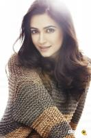 Kriti Kharbanda Latest Photo Shoot (2)