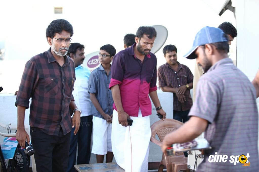 Oru Kuppai Kathai Working Stills (7)