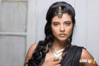 Aishwarya Rajesh New Photoshoot (4)