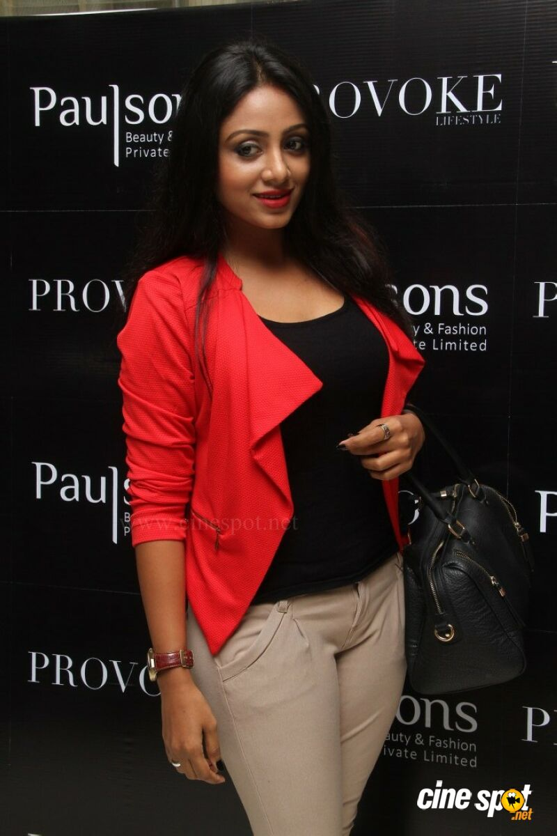 Eden at Provoke Lifestyle Magazine Second Issue Launch (2)