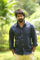 Naveen Chandra at Lachhindeviki O Lekkundi Logo Launch (3)