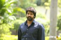 Naveen Chandra at Lachhindeviki O Lekkundi Logo Launch (6)