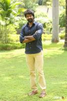 Naveen Chandra at Lachhindeviki O Lekkundi Logo Launch (9)