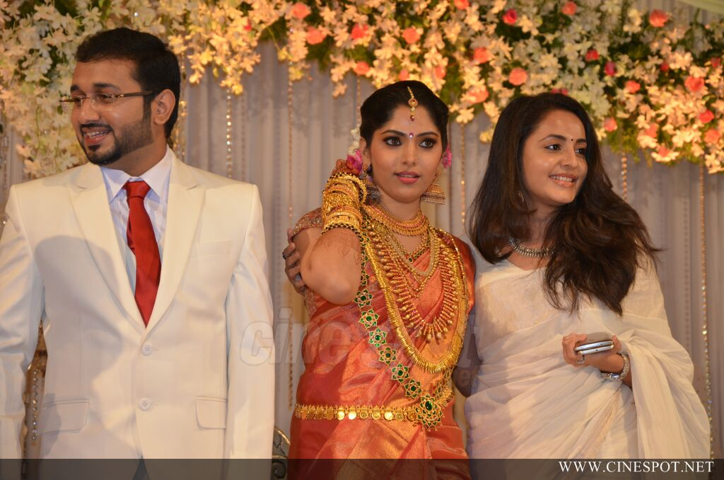 Muktha wedding reception pics (20)