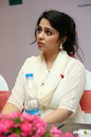 Actress Charmme Kaur photos (18)