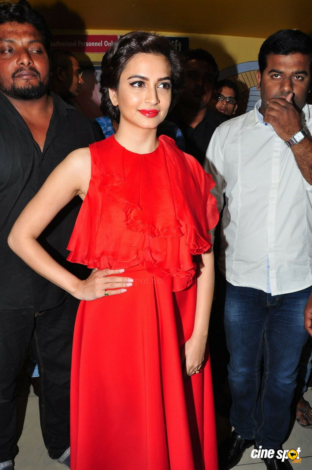 Kriti Kharbanda at Bruce Lee Premiere Show (25)