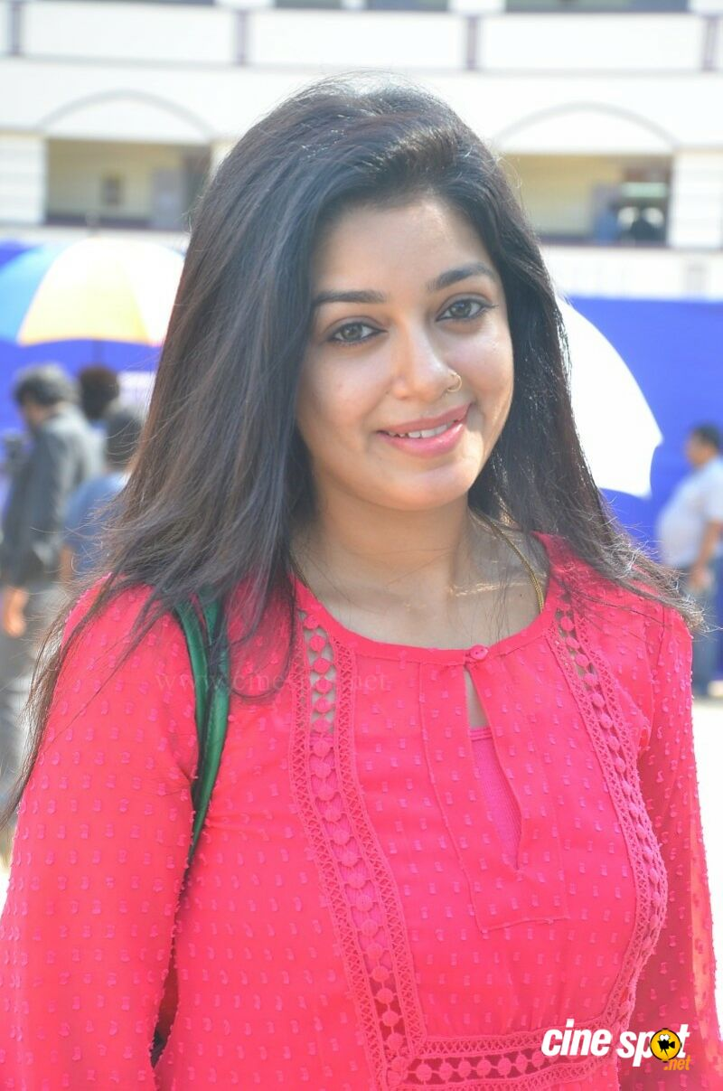 Chaya Singh at Nadigar Sangam Election Day (6)
