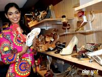 Aafreen Vaz at Wedding & Festive Footwear Collection Launch (14)