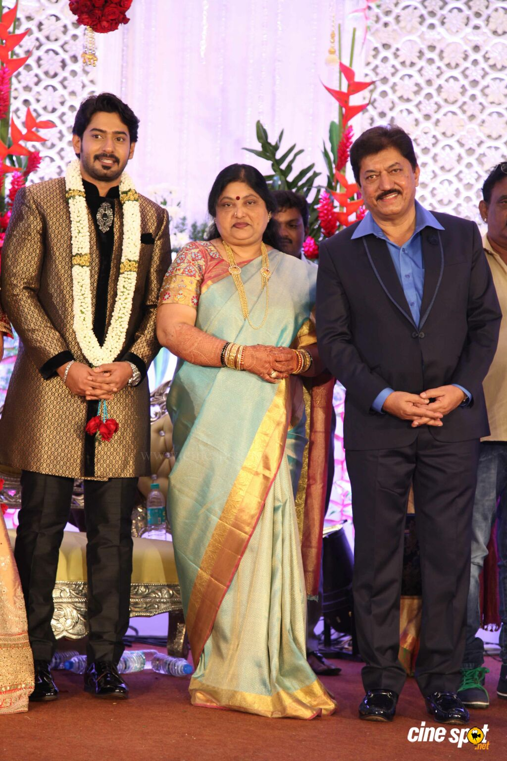 Prajwal & Ragini Wedding Reception (27)