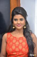Aishwarya Rajesh at Hello Naan Pei Pesuren Audio Launch (13)