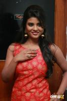 Aishwarya Rajesh at Hello Naan Pei Pesuren Audio Launch (27)