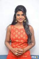 Aishwarya Rajesh at Hello Naan Pei Pesuren Audio Launch (8)