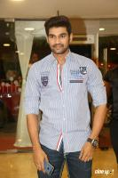 Sreenivas at Speedunnodu Platinum Disc Function (1)