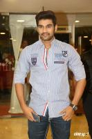 Sreenivas at Speedunnodu Platinum Disc Function (2)