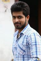 Harish Kalyan in Vil Ambu (1)
