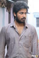 Harish Kalyan in Vil Ambu (3)