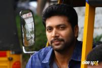 Jayam Ravi Latest Images (15)
