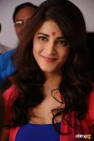 Yevanda Actress Shruti Haasan (26)