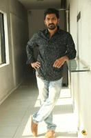Vaibhav at Hello Naan Pei Pesuren Press Meet (4)