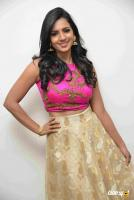 Sruthi Hariharan at Jai Maruthi 800 Press Meet