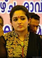 Actress kavya madhavan photo (12)