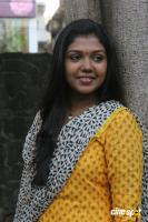 Riythvika at Enakku Veru Engum Kilaigal Kidaiyathu Audio Launch (13)