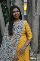 Riythvika at Enakku Veru Engum Kilaigal Kidaiyathu Audio Launch (3)