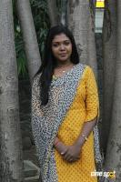 Riythvika at Enakku Veru Engum Kilaigal Kidaiyathu Audio Launch (6)