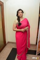 Varalaxmi Sarathkumar at Madha Gaja Raja Audio Launch (14)