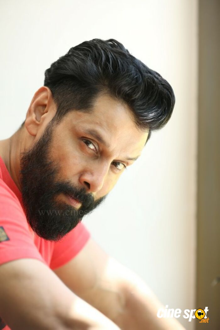 Chiyaan Vikram New Look Photoshoots 21