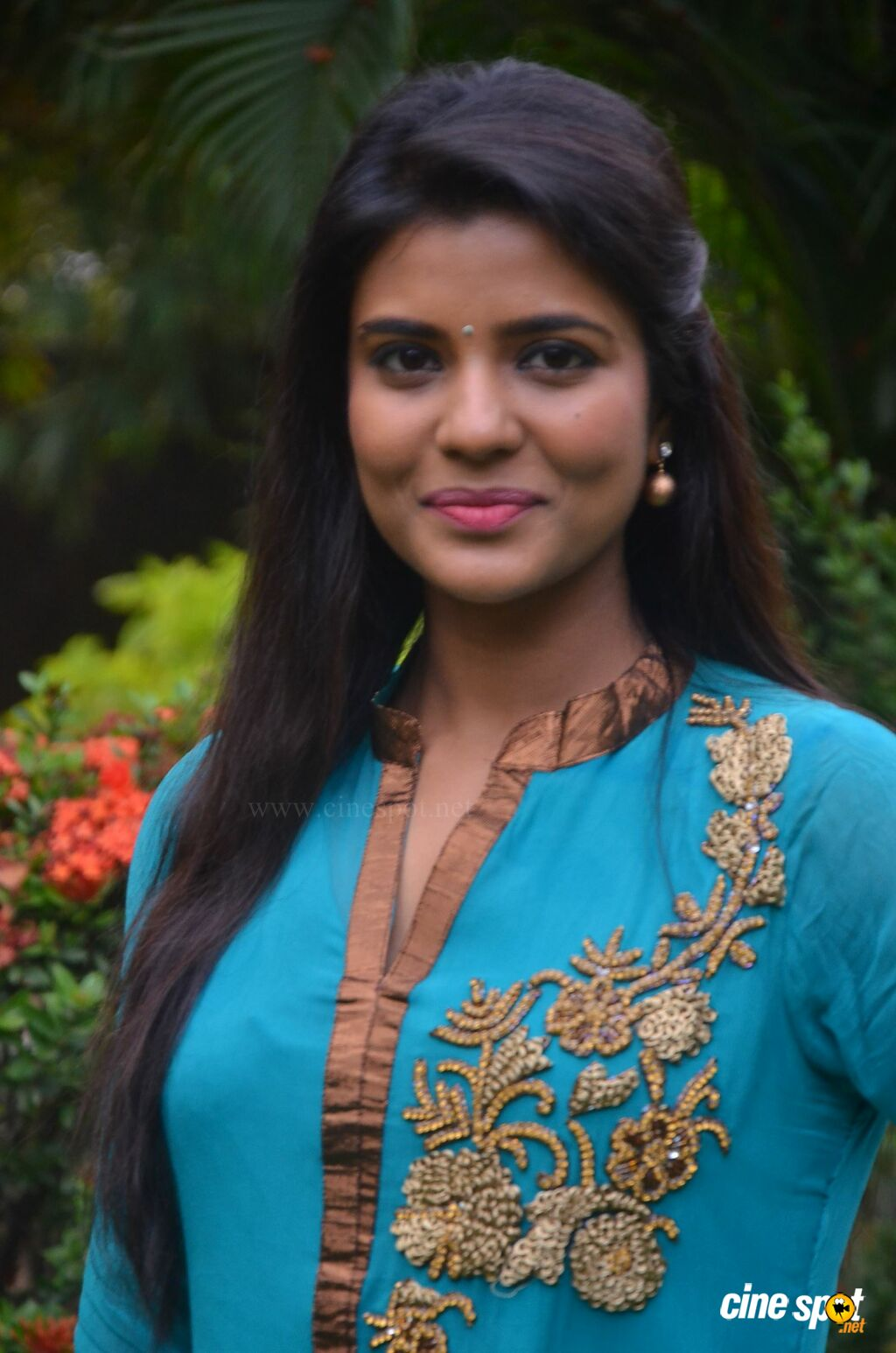 Aishwarya Rajesh at Parandhu Sella Vaa Press Meet (5)