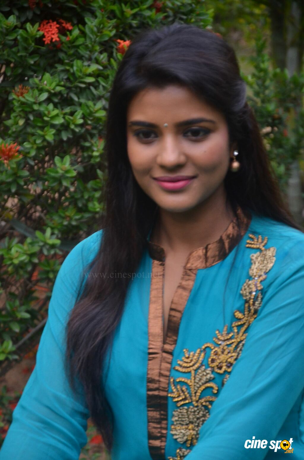 Aishwarya Rajesh at Parandhu Sella Vaa Press Meet (7)