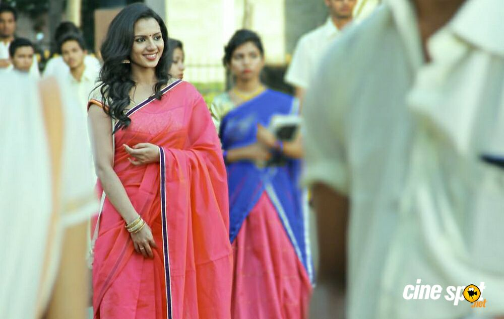 Sipaayi Movie Stills (6)