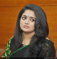 Kavya Madhavan at Pinneyum Film Press Meet (14)