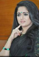 Kavya Madhavan at Pinneyum Film Press Meet (4)