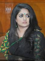 Kavya Madhavan at Pinneyum Film Press Meet (5)