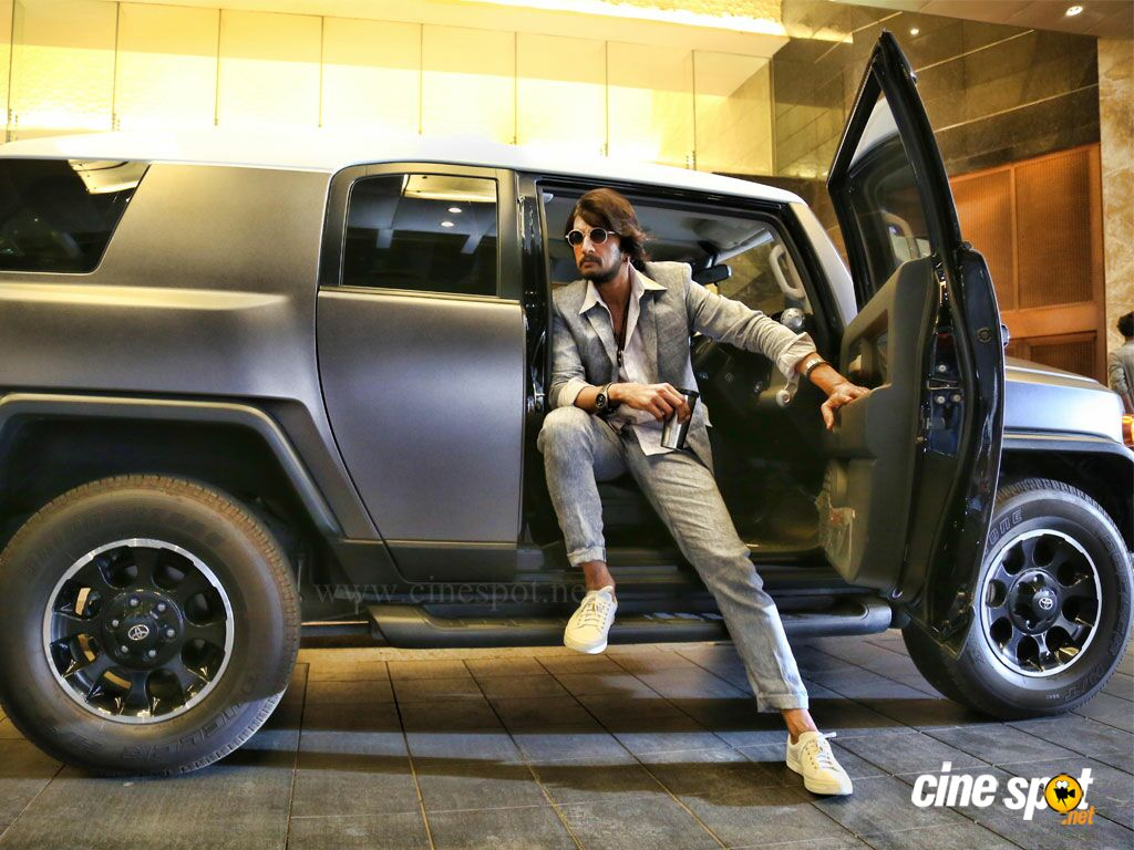 Kotigobba 2 Photos (1)