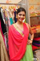 SR Fashion Studio Inaugurated by Poorna (7)