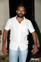 Dinesh at Ulkuthu Audio Launch (1)