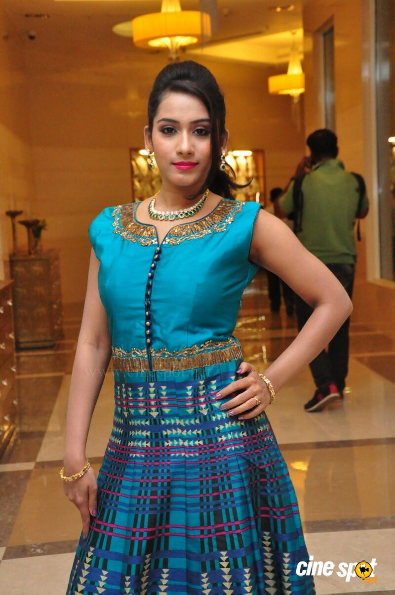 Preethi at UE The Jewellery Expo Press Meet (12)