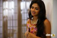 Amala Paul in Murugavel (8)