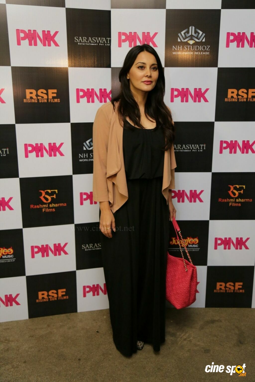 Kirti Kulhari at Pink Special Screening (3)