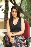 Raashi Khanna New Photos (65)