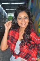 Janani Iyer at Vithi Mathi Ulta Shooting Spot (10)