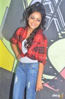 Janani Iyer at Vithi Mathi Ulta Shooting Spot (5)