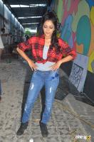 Janani Iyer at Vithi Mathi Ulta Shooting Spot (7)