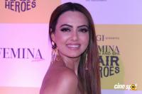 Sana Khan at Grand Finale Of Femina Salon & Spa Hair Heroes 2016 (6)