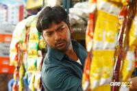 Kalaiyarasan in Pattinapakkam (5)