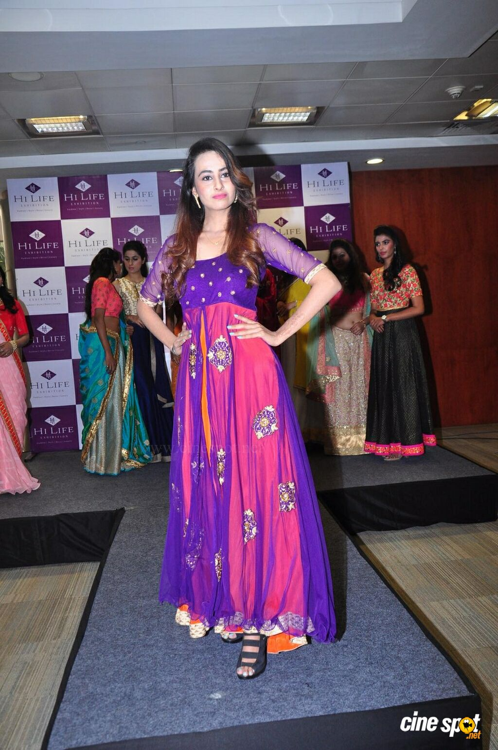 Amiksha Pawar at Hi Life Exhibition Curtain Raiser (5)
