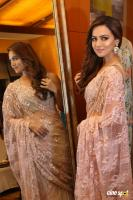 Sana Khan at A Festive Preview Pop Up Fashion Show (15)